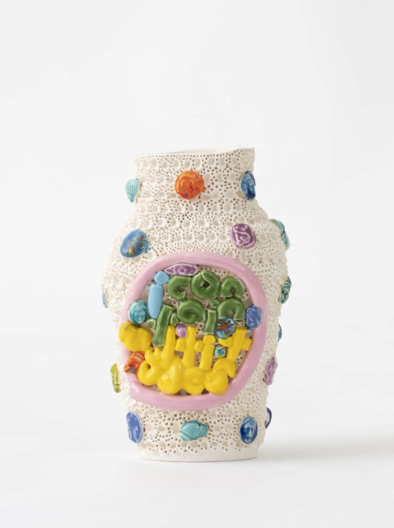 Glenn Barkley, Icontainmultitudes, 2020, earthenware, 18 x 7 x 9 cm